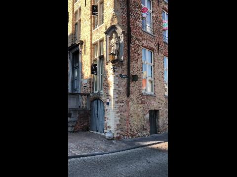 Bruges canal walk