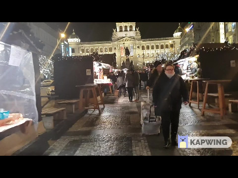 Walking through Prague Xmas Market